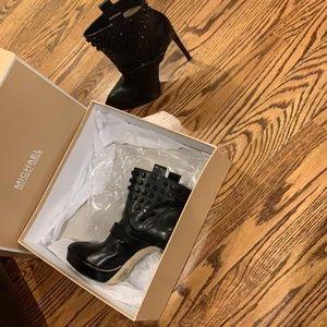 Michael Kors Black 40f4brhe6l Boots/Booties